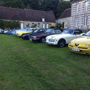 Rallye auto dans la cour de Bellegarde