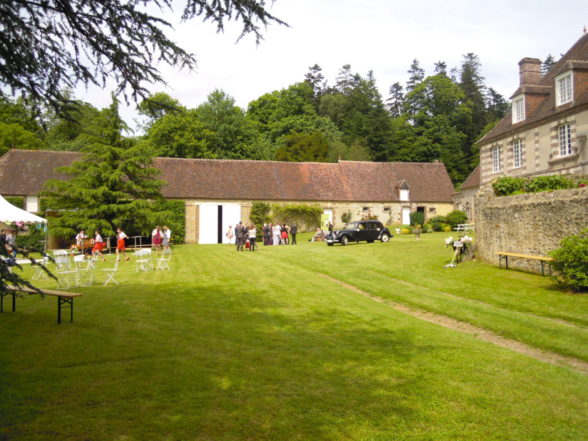 Apres-midi de mariage a Bellegarde